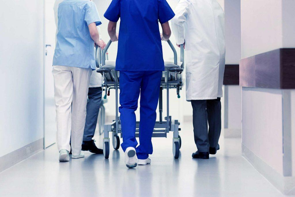 Profissionais da Saúde - Enfermeiros e Médicos